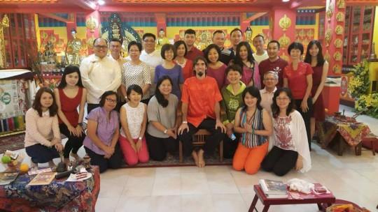 Ösel Hita with Losang Dragpa Center students.