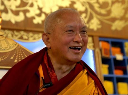 Lama Zopa Rinpoche teaching at Mahamudra Centre, New Zealand. Photo by Ven. Thubten Kunsang, May 2015.