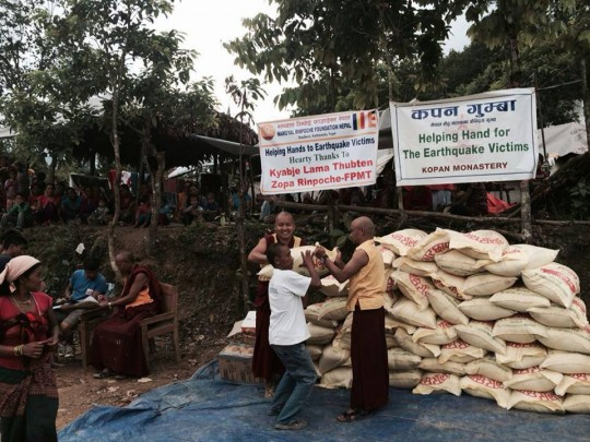 Due to a US$50,000 grant from the Nepal Earthquake Support Fund, Kopan Helping Hands was able to distribute aid to ten villages in Nepal over July and August.