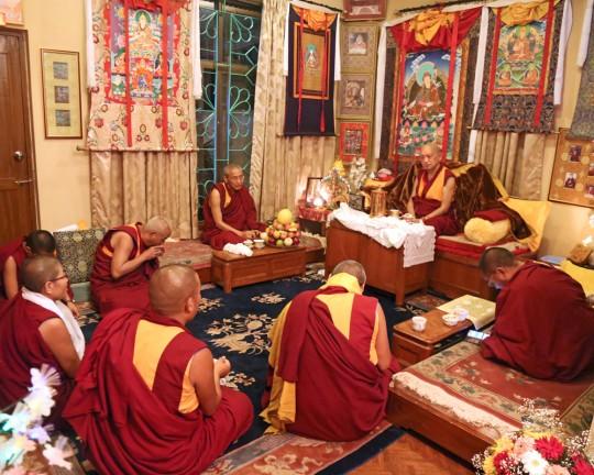 Lama Zopa Rinpoche meeting with senior monks and nuns after arriving at Kopan Monastery, Nepal, November 2015. Photo by Ven. Roger Kunsang.