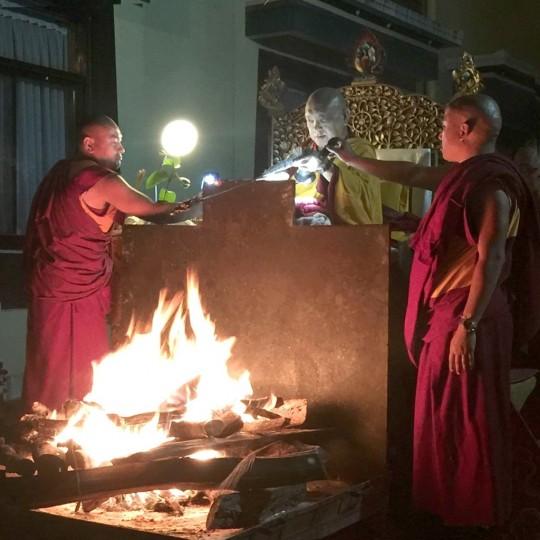 Lama Zopa Rinpoche doing a Tara fire puja at Kopan Monastery, November 2015. Photo by Bill Kane.
