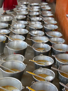 Dahl ready to be offered to the 2600 monks