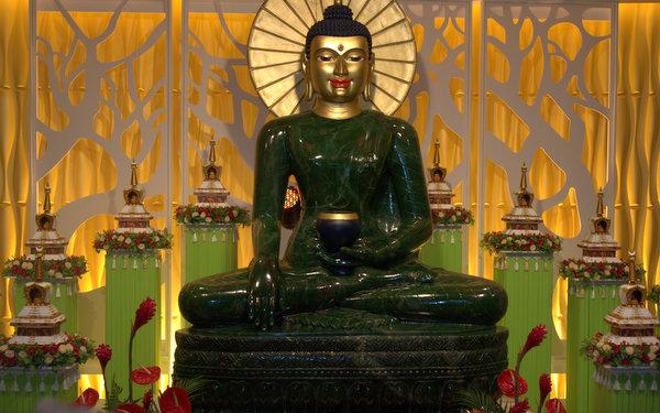 Jade Buddha Kuala Lumpur March 2013 by Bill Kane