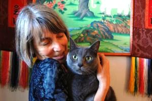 Amy Cayton with cat. Photo by Amrita Cayton.