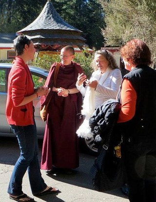 Geshe Kelsang Wangmo with Vajrapani Institute director Fabienne Pradelle and Land of Medicine Buddha Director Denice Macy and Geshe Wangmo's mother, LMB, California, US, November 2013. Photo courtesy of LMB's Facebook page.