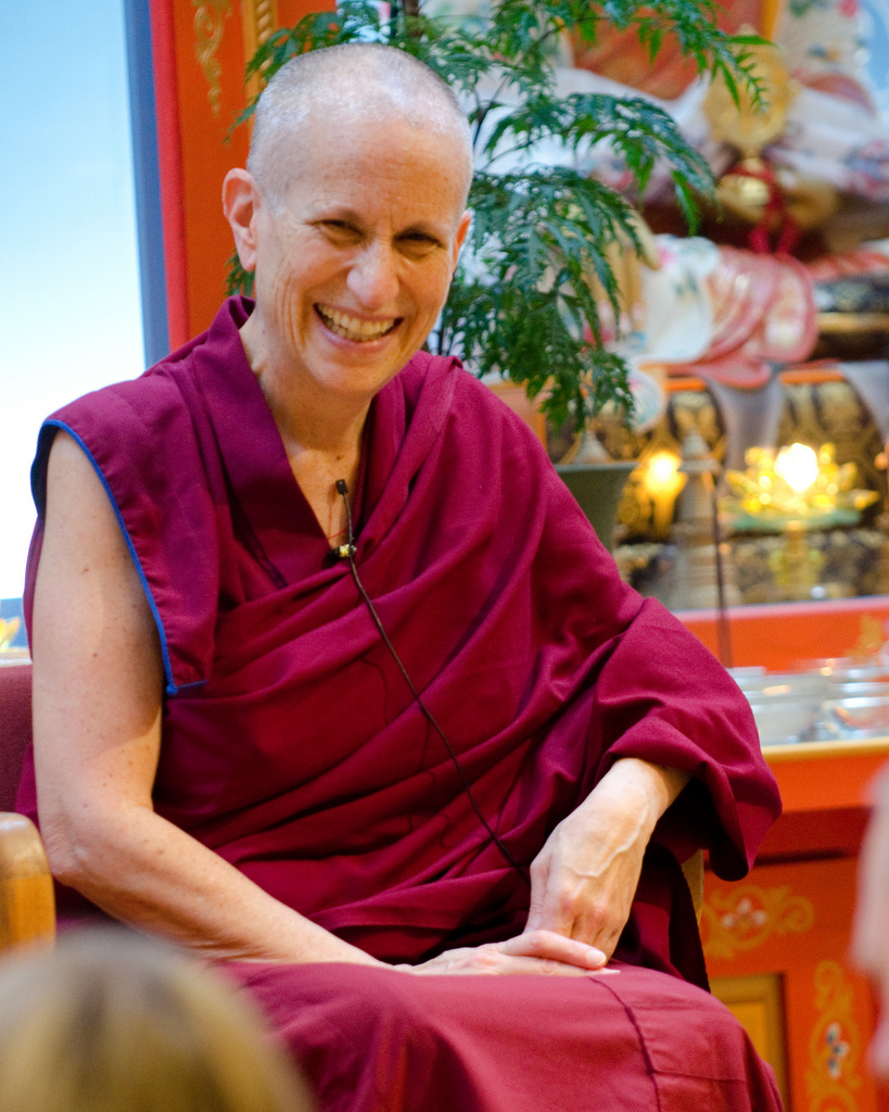 describe the three major buddhist traditions theravada mahayana and vajrayana and how each tradition The vajrayana tradition combines mahayana texts each of these traditions has a s the difference between mayayana, theravada and vajrayana buddhism.