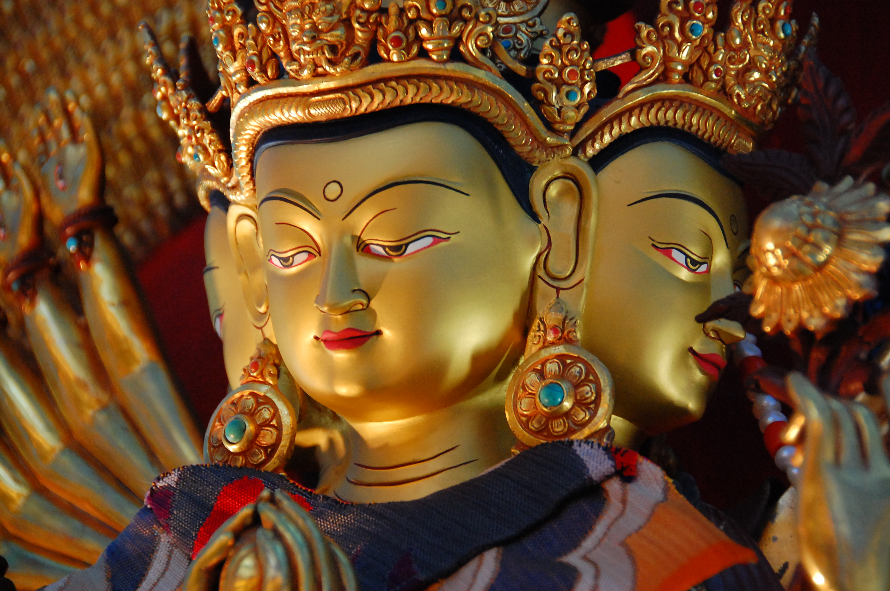Praise and Prayer to Noble Avalokiteshvara - FPMT