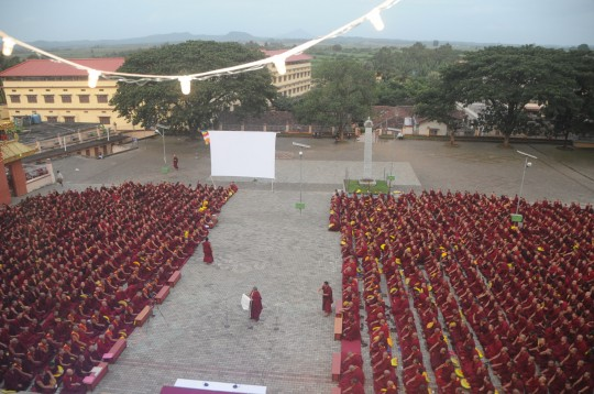 The Lama Tsongkhapa Teachers Fund sponsored 673 monks to participate in this year's Winter Debate.
