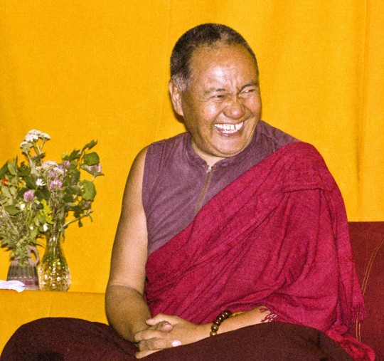 """Over one weekend at Barnens O on Vaddo in September of 1983, Lama Yeshe gave a meditation course which later was published in English called """"Light of Dharma,"""" translated into Swedish as """"Lamas ljus."""" Photo by Holger Hjorth, from Lama Yeshe Wisdom Archive (lamayeshe.com)."""