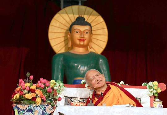 Lama Zopa Rinpoche teaching during the retreat in Australia, where he gave the oral transmission of Golden Light Sutra, Great Stupa of Universal Compassion, Australia, October 2014. Photo by Ven. Thubten Kunsang.