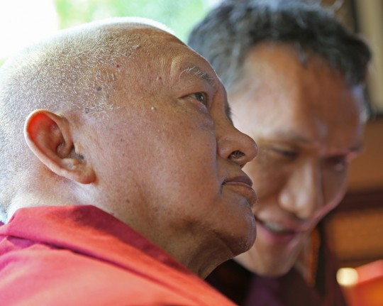 Lama Zopa Rinpoche with Yangsi Rinpoche, Portland, Oregon, US, April 2014. Photo by Ven. Thubten Kunsang.