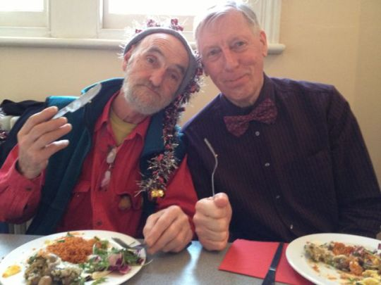Mike Fry & Robin Bath enjoying a meal together through the Repaying the Kindness Project.
