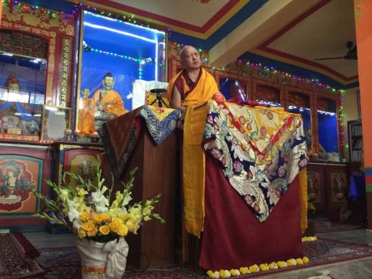 LamaZopaRinpocheteachingonpatienceatRootInstitute,Bodhgaya, India, February 2015. Photo courtesy of Ven. Sarah Thresher.
