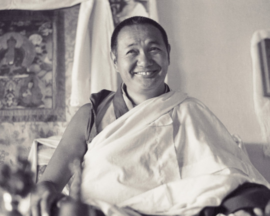 Lama Yeshe teaching at Kopan Monastery, Nepal, 1974. Photo by Ursula Bernis, courtesy of Lama Yeshe Wisdom Archive.