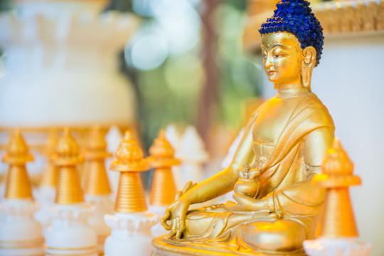 Medicine Buddha, Kachoe Dechen Ling, Aptos, California, US, July 2014. Photo by Chris Majors.