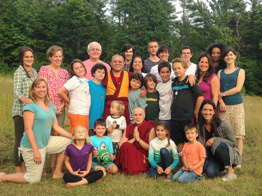 Geshe Tenley and Ven. Sarah Thresher with 2014 Milarepa Center Family Camp participants, Barnet, Vermont, US, August 2014. Photo by Felicity Keeley.