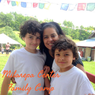 Families are able to enjoy quality time in a safe and loving space, Milarepa Center, Barnet, Vermont, US, August 2014. Photo by Felicity Keeley.