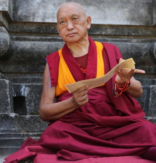 Lama Zopa Rinpoche at the Mahabodhi Stupa, Bodhgaya, India, March 2015. Photo by Ven. Thubten Kunsang.