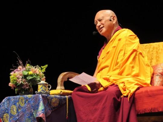 Lama Zopa Rinpoch teaches, Rio de Janeiro, Brazil, September 2015. Photo courtesy of Marly Ferreira.