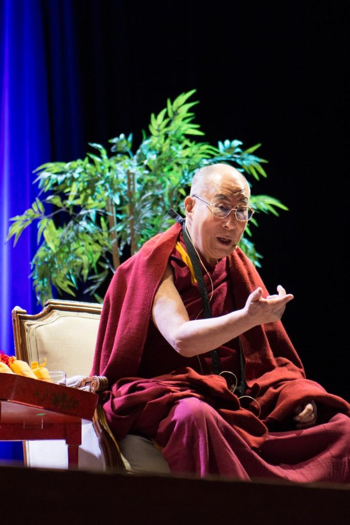 Jamyang Buddhist Centre Welcomes His Holiness the Dalai Lama, Thubten Jinpa and Tashi Lhunpo Monks