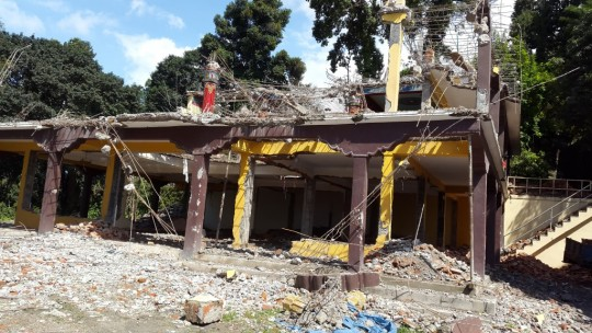 The Chenrezig gompa suffered major damage earthquake but is now being rebuilt.