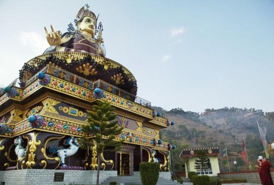Lama Zopa Rinpoche visited the 110-foot Padmasambhava statue at Tso Pema, Himachal Pradesh, India, 2015. Photo by Ven. Lobsang Sherab.