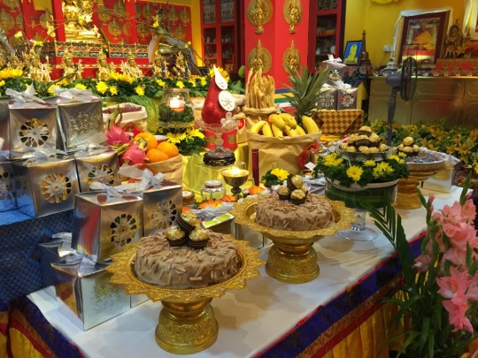 Losang Dragpa Centre Tara altar, Kuala Lumpur, Malaysia, January 2016. Photo courtesy of Gavyn Teh.