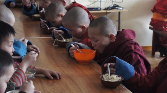 The monks and lay students of Idgaa Choizinling College are offered lunch every day through the Supporting Ordained Sangha Fund with help from Lama Zopa Rinpoche.