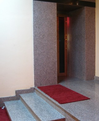 Entrance to the new elevator at Sera Lachi.