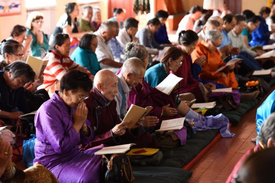 Hundreds of Mongolian students attended the FPMT Mongolia's fourth 100 million mani retreat, Ulaanbaatar, August 2016. Photos courtesy of FPMT Mongolia.