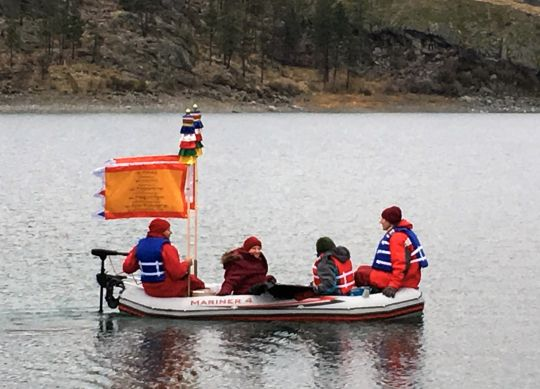 Sangha blessing Lake Omak, Washington, US, November 2016. Photo by Ven. Holly Ansett.