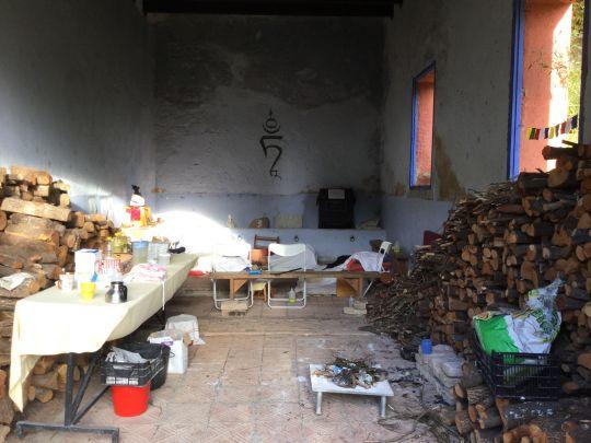 Dorje Khadro group retreat supplies, Centro de Meditación Tushita, Arbúcies, Spain, October 2016. Photo courtesy of Annette van Citters.
