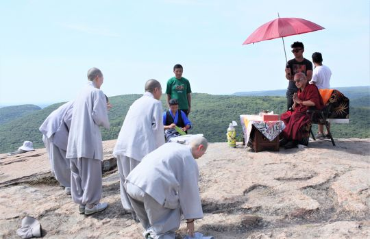 Lama Zopa Rinpoche greets Korean Sangha in New York, USA, July 2016. Photo by Ven. Losang Sherab.