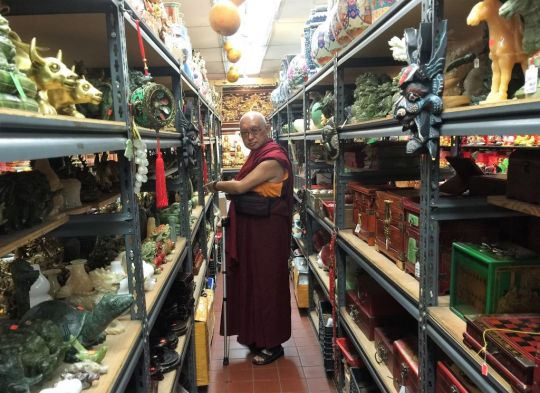 Lama Zopa Rinpoche on Shopping