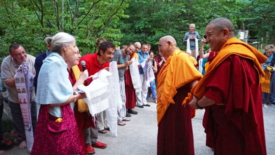 Lama-Zopa-Rinpoche-khata-IVY-Sept-2017