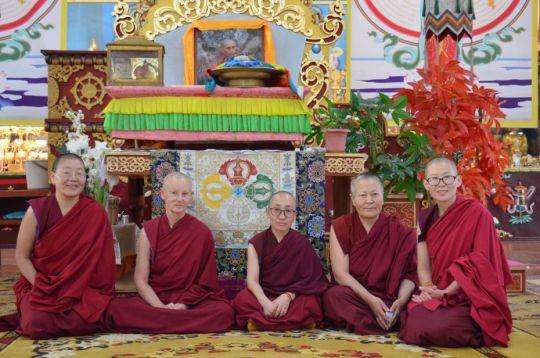 Ani Baljid, Ani Gyalmo, Ani Nyima, Ani Kunkyen, and Ani Dechen taking part in the fifth 100 Million Mani Retreat at Idgaa Choizinling Monastery in Ulaanbaatar, Mongolia, June 2017. Photo courtesy of Ianzhina Bartanova.