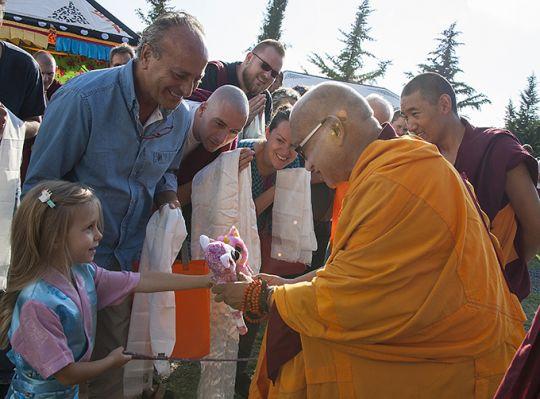 lama zopa arriving iltk