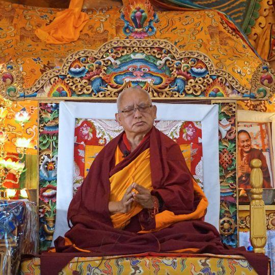 lama-zopa-throne-kopan-2016