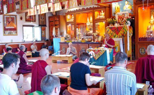"Geshe Tenphel teaching ""The Tathagata Essence"" during the residential Basic Program at Istituto Lama Tzong Khapa"