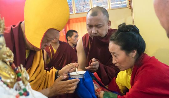 lama-zopa-rinpoche-long-life-puja-khadrola-root-institute-india-201801