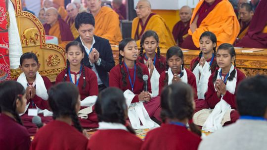 maitreya students chanting for dalai lama bodhgaya india 201801