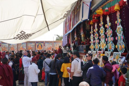 Students visit the public display of thangkas and butter sculptures on Chotrul Duchen, Kopan Monstery, Kathmandu, Nepal, March 2017. Photo by Ven. Lobsang Sherab.