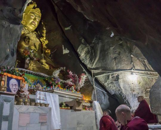guru-rinpoche-cave-tso-pema-201801
