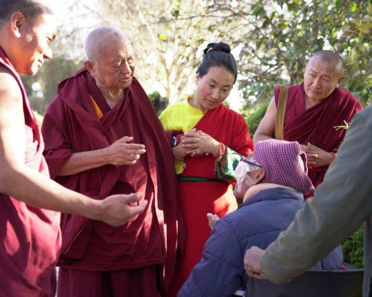 lama-zopa-rinpoche-khadrola-kamal-kopan-201802
