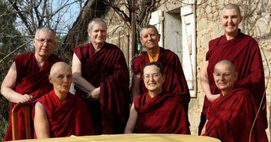 nuns-dorje-pamo-monastery