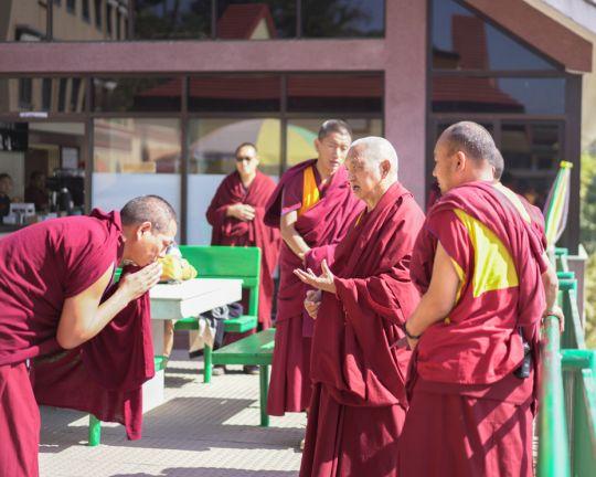 lama-zopa-rinpoche-kopan-cafe-201802