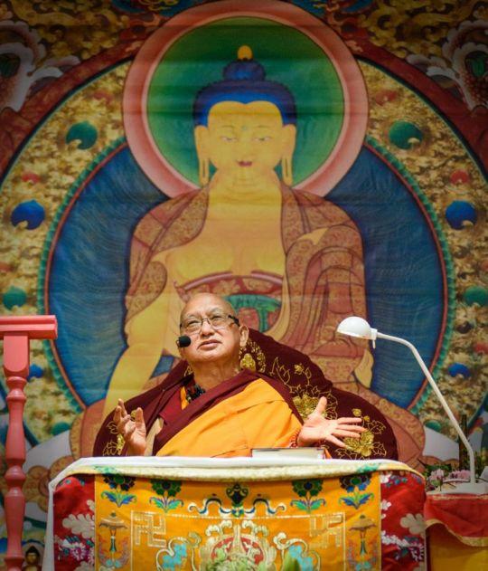 lama-zopa-rinpoche-teaching-russia-20170528_DSC8064