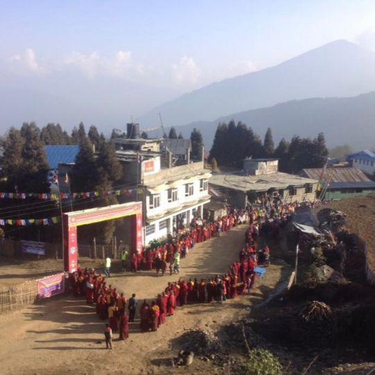 Rinpoche arriving Solu Khumbu 201803 (1)