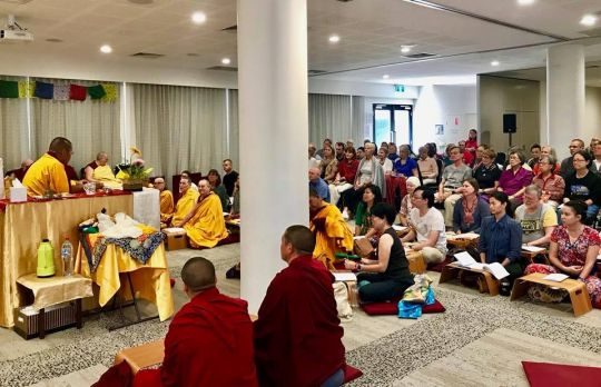 H.E. Ling Rinpoche teaching at the Metro Hotel Perth, Perth, Western Australia, March 2018. Photo courtesy of Kirsti Kilbane.