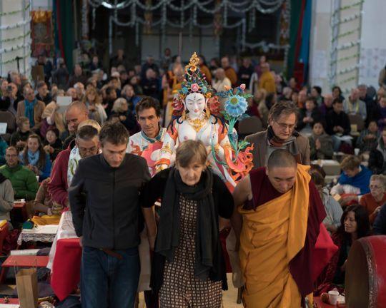 tara-statue-great-stupa-201805